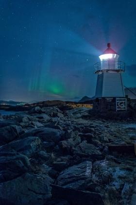 Polarlicht Laukvik Leuchtturm